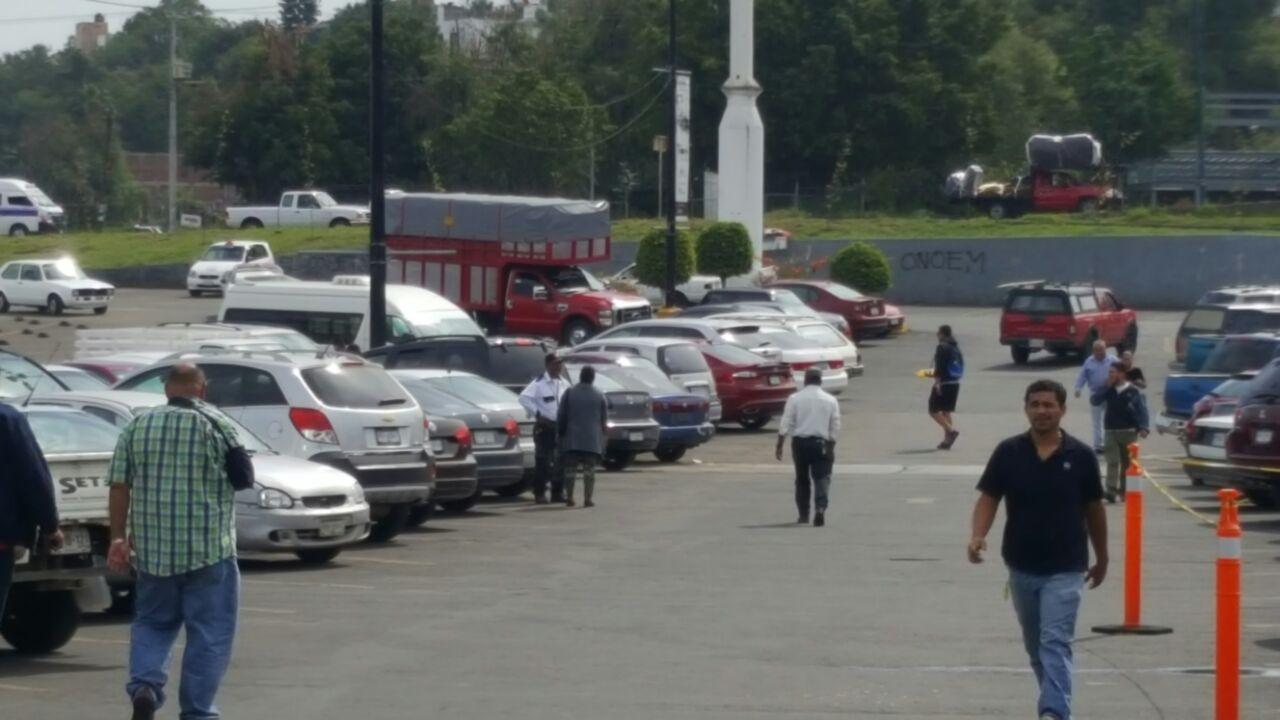 centros-comerciales-la-huerta-estacionamiento
