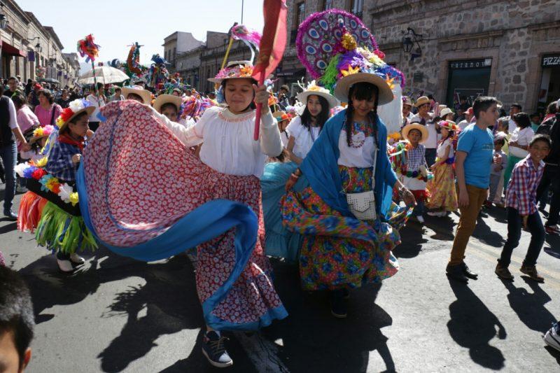 desfile torito petate morelia baile