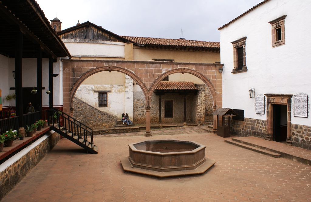 patzcuaro patio